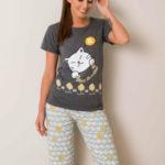 Pyžamo potištěné grafitovou mátou