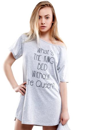 damske-nocni-triko-queen-of-the-bed-sede.jpg