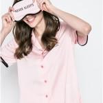 Dámské pyžamo s maskou na oči YI2019302 – DKNY